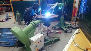 Welder for Precise Arc Welding Development